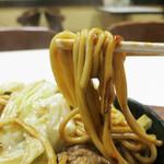モーデン - モチモチ食感の太麺が美味い