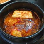 李さんの台所 - スンドゥブチゲ