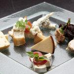 チーズの4種の盛り合わせ