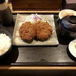 牛かつ いち華 - メンチカツ定食、1000円です。