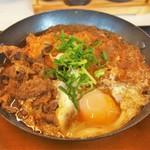 かつや - 料理写真:チキンカツの牛すき鍋定食(745円)