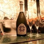 麻布租界 - グッチのワインが飲める店