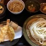 國安うどん - 料理写真:定食680円は5品のボリューム