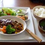 カフェ畑 Renge - ご飯とスープもついています