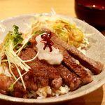 75241315 - 20171023牛ステーキ丼・アップ