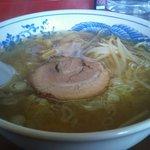 濃厚魚介つけ麺成屋 - 支那塩ラーメン600円