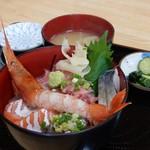 男しゃく - 料理写真:「海鮮丼」