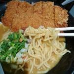 75250658 - 麺は太麺!