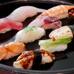 握り寿司盛り合せ