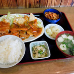 母の屋 - チキンの中華風あんかけ定食