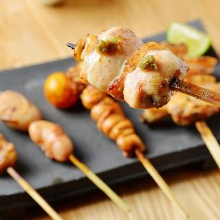 希少部位や内臓系肉など、鶏の新たな楽しみ方をご堪能ください