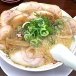 ラーメン魁力屋 四条烏丸店 - 特製醤油肉入り並(850円)