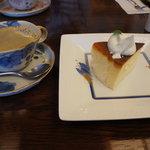 さくらカフェ - なめらか半熟チーズケーキ+コーヒー@750
