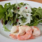 森のレストラン - 前菜のサラダ