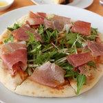 森のレストラン - 水菜と生ハムのピザ