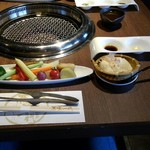 75260207 - サラダと自家製豆腐