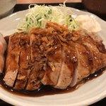 こぼうず - 桃豚ロースのトンテキ定食 1000円。