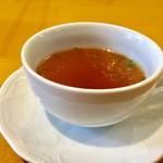 ルー・ド・メール - Aセット 国産黒毛和牛カレー(中辛)1,100円 オムレツ 500円乗せてもらい 合計:1,600円 セットのスープ