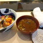 松栄 - ランチにつく蜆の赤出汁