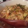 葉やま - 料理写真:ピリ辛鶏そば醤油味750円
