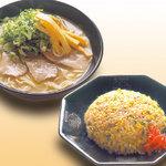 うま屋ラーメン - 料理写真:ランチ チャーハンセット