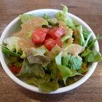 玄妙 - ランチのサラダ(ゴマドレッシング)