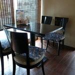 玄妙 - 店内奥テーブル