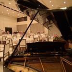 桔梗が丘ヴェルージュ - ピアノの生演奏あり