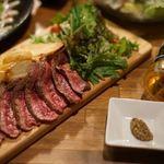 パウロ アンド ボルガ - オープン以来人気の、赤身肉のステーキ。是非、ご賞味下さい