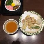郷土料理かどや - 地ダコの天ぷら