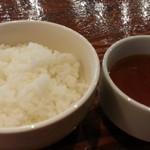 立川ビアホール - なでしこポークトンテキ定食レギュラー200g980円のライスとスープ