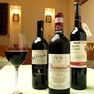 常時30種類以上の豊富なワイン◎