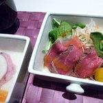 アンクィール - 牛たたきと契約農家の野菜サラダ仕立て
