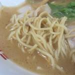 ラーメン横綱 - 麺