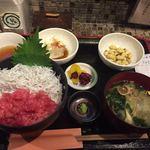 ヴァカンス - 中落ちとしらすの2食丼セット ¥1,598-