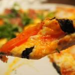 居酒屋コバラヘッタ - 欲張りピザ(マルゲリータ)アップ