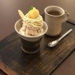 75292903 - モンブランパフェと茎ほうじ茶セット