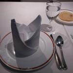 プリヤ - ・テーブルセッティング
