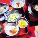 滝川 - 料理写真:【釜めし御膳】 南部鉄の釜で1つ1つ直火炊き。お造りも美味。3300円~