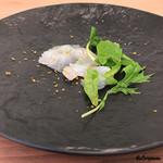 プラッサッジョ - 鮃のカルパッチョ