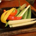 75301348 - 2017/8/23  いろいろ野菜の窯焼き 500円