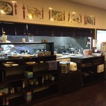 新長城 - キッチン方向
