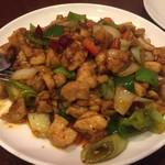 新長城 - 鶏のピリ辛炒め