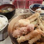 大吉 - 1000円盛り、あさりの味噌汁、ご飯小、穴子追加