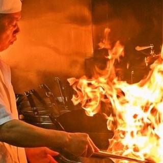 本場の料理人による本格中華料理