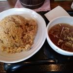 東竜  - 炒飯