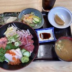 まぐろ丼 加一 - 料理写真:ミックス丼 1150円
