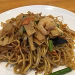 レストランしばらく - 料理写真:上海焼きそば