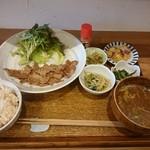 みっきー食堂 - 料理写真:しょうが焼き定食