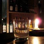 MEUBLE bar - カウンターのロウソク